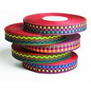 Rollos de cinta de colores para hacer pulseras de festival